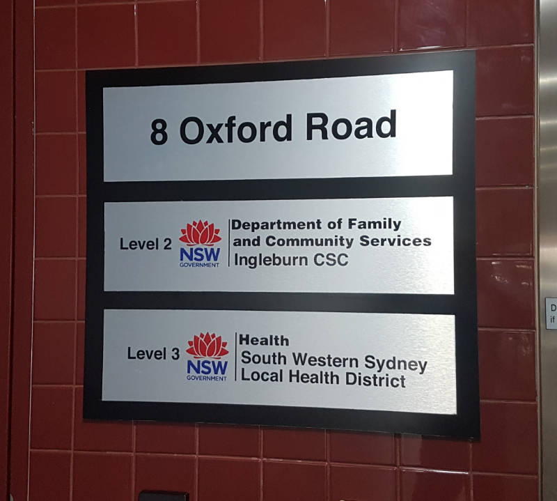 Directional sign for hospital.